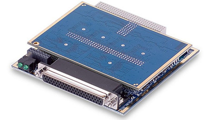 32-Channel current sinking (600mA) digital output board with voltage and current monitoring