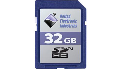 32 GB SD card